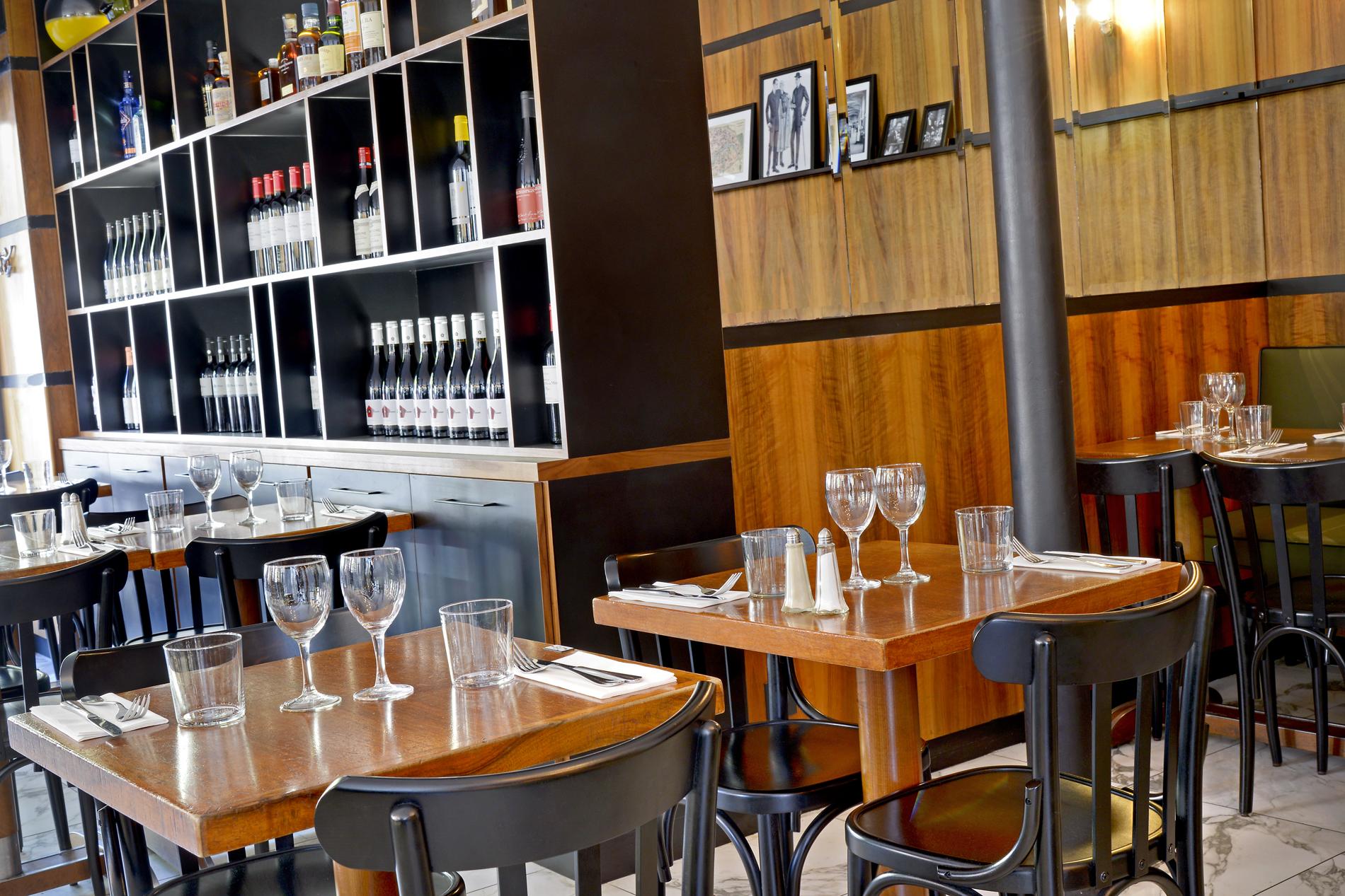 Le restaurant restaurant le parisien toulouse for Restaurant le miroir toulouse